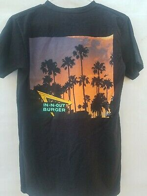 In N Out Burger Black Palm Tree Sunset California 2017 Size Small  T-Shirt