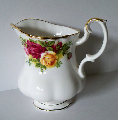 Royal Albert OLD COUNTRY ROSES 7.5 oz Large Cream Jug Creamer NEW w/ Sticker