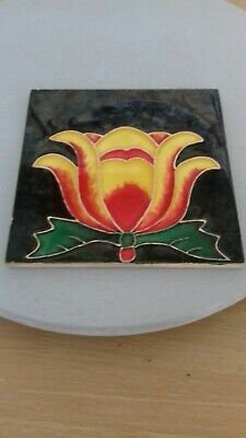 Beautiful Art Nouveau  tile Floral 6inches..!
