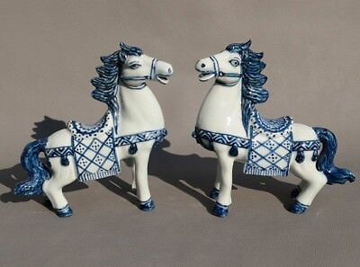 Chinese folk Old Handwork Blue and White porcelain carve Pair art Horse statue