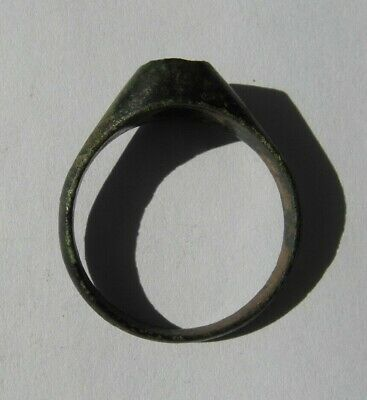 Collectable Rare Stirrup Ring - Missing Stone