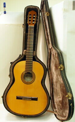 1989 Artesano Model 50 Electric/Acoustic Classical Guitar with Hard Case