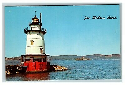 Lighthouse at Tarrytown NY The Hudson River c1960 Chrome Postcard E4