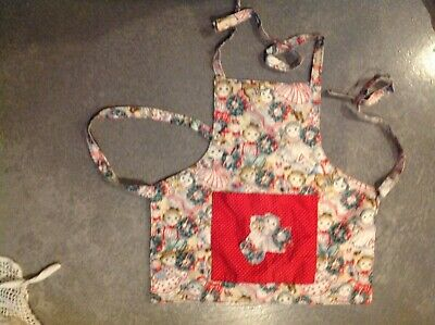 Girls vintage Victorian Apron with Cats kittens cotton floral pinafore
