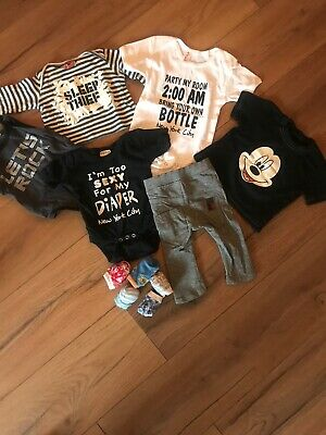 Baby Novelty & Themed Clothes Bundle Age 0-3 Months Micky Mouse Rock Star Socks