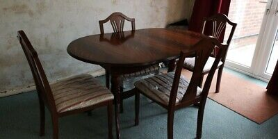 Wooden Oval Expanding Dining Table & 4 Chairs