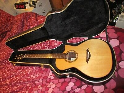 Turner 82Ce (Poor Man's Taylor) - All Solid Woods, Pickup And Hard Case