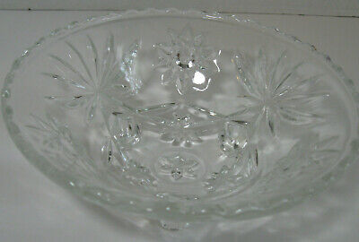 Vintage Clear Glass Three Footed Candy Nut Trinket Bowl Dish Star Pattern
