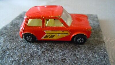 Matchbox Superfast No.29 von 1970 Racing Mini in rot