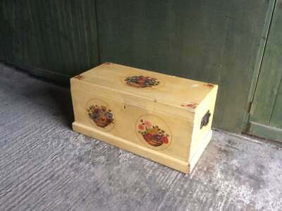 Antique Victorian C.1900 hand painted pine chest / trunk storage coffee table