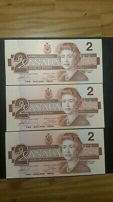 Lot of Three consecutive Uncirculated Two Dollars Bank Notes from Canada. 1986