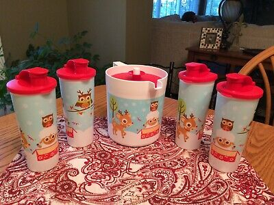New TUPPERWARE Christmas Furry Friends Holiday Beverage Set ~ Pitcher Tumblers
