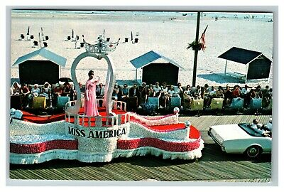 Miss America Pageant Parade on the Boardwalk Atlantic City NJ c1969 Postcard E24