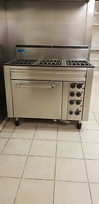 Waldorf 6 Burner Commercial Oven & Exhaust Vent