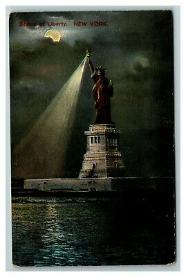 Moon Light View, Statue of Liberty, New York c1910 Postcard F27
