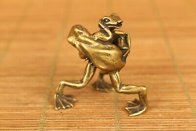 Mini old bronze Hand carved Frog PK statue netsuke table home decoration gift