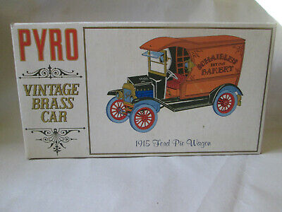 1967 Pyro Model Kit Vintage Brass Car 1915 Ford Schaible's Bakery Pie Wagon 1/32