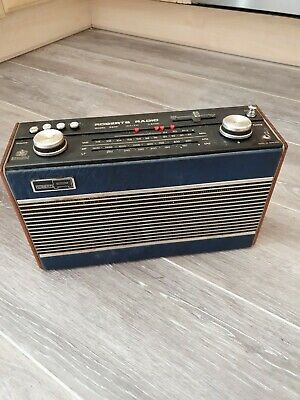 Lovely Vintage ROBERTS R800 Portable Radio - Working