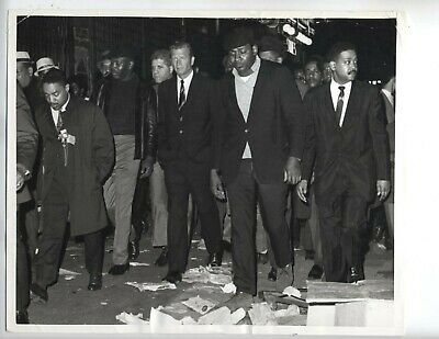 1968 Vintage Martin Lither King Jr Photo Mayor New York Assassinated 8X10 Harlem