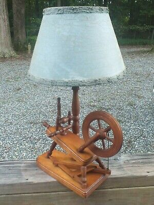 """VINTAGE 1940s HAND CRAFTED WOOD SPINNING WHEEL ELECTRIC TABLE LAMP - 16"""" - VGC"""