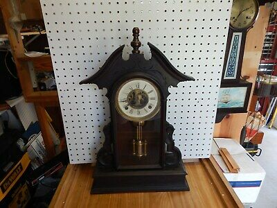 Antique Vintage Geo B Owen, Winstead, Conn Shelf Mantel Clock