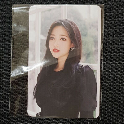 Olivia Hye - Official Photocard Monthly Girl Loona  Kpop Genuine