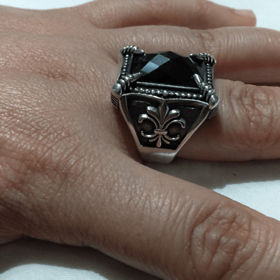 Ancient Antique Victorian Silver RING With Beautiful Onyx Stone old vintage
