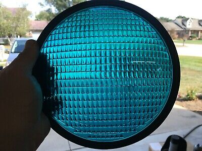 Crouse Hinds Traffic Light Green Faint Smiley Lens Corning T-2 Deco Bread Pan