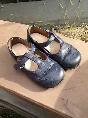 VINTAGE START-RITE CHILD'S SHOES T Bar buckle up Prop Display