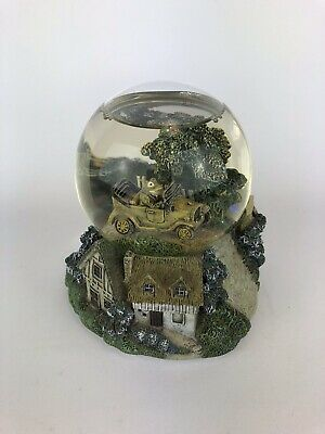 Past Times - Wind in the Willows - Lovely heavy glass musical snow globe - Toad