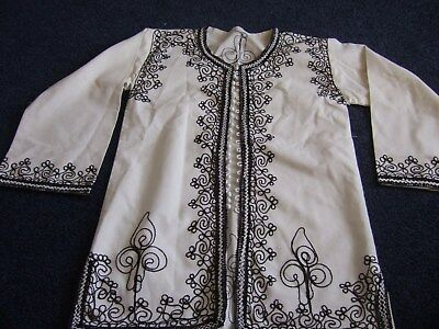 ladies kaftan style top black/white long sleeve, beautiful detail Chest 34