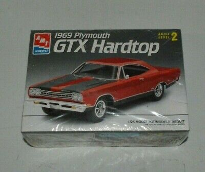 AMT ERTL 1969 PLYMOUTH GTX HARDTOP 1/25 Scale Model Kit NEW SEALED 1993