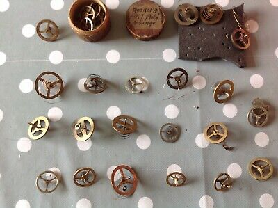 ANTIQUE CLOCK PARTS BALANCE WHEELS HAIRSPRINGS OVER 20 CLOCKMAKERS SPARES ref111