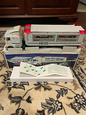1995 Hess Toy Truck And Racers NIB Mint Vintage Collectible Working Lights