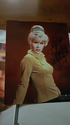 Star Trek hand signed autograph Grace lee Whitney