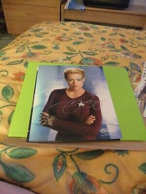 Star TRek hand signed autograph Jeri Ryan