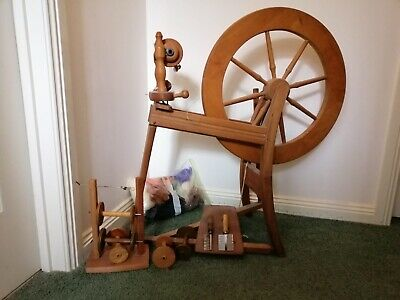 Ashford wool spinning  wheel and accessories