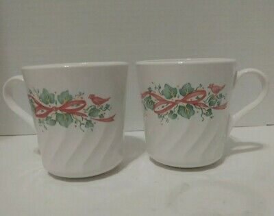 Corelle Green Ivy CALLAWAY Christmas Coffee Mugs - Set of 2