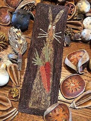Primitive Punch Needle Pattern ~ Spotted Hare