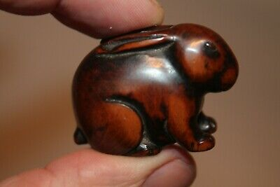 Japnese Antique 19Th Century Late Edo Period Fine Quality Carved Boxwood Netsuke