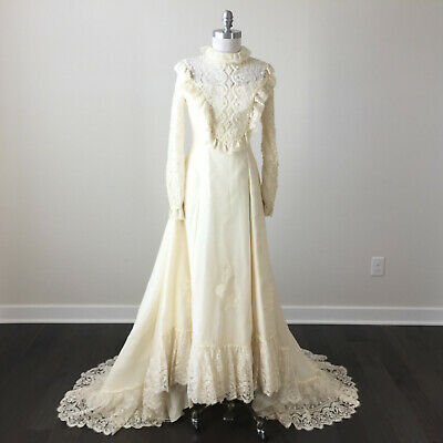 Vintage S Small 70's Wedding dress Gown Train lace Pearls Long sleeve Ivory EUC