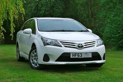 2013/63 Toyota Avensis Active D-4D Manual Diesel Estate - White - £30 Road Tax