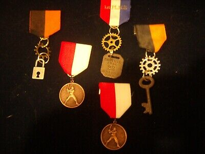 5 hand made custom steampunk medals , gift , prize , cosplay ,awards many uses