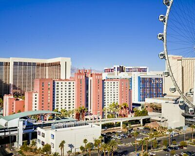 Hilton Vacation Club At The Flamingo 3,400 Annual Timeshare For Sale!