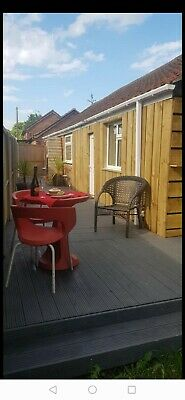Luxury holiday cottage bungalow dog pet friendly 6th-9th December 2019