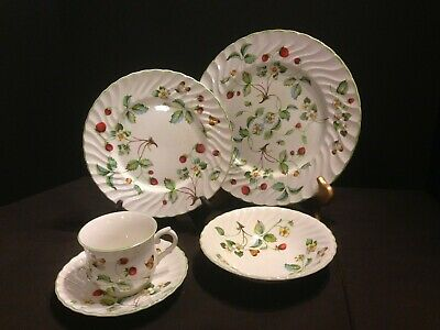 "VINTAGE 1930's James Kent ""old Foley"" Strawberry Staffordshire Place Setting"