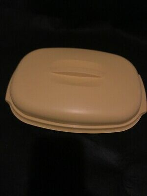 1970s Tupperware Divided Relish Dish in Harvest Gold Microwave Steamer
