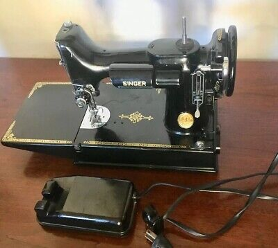 Vintage Singer Featherweight 221 1948 Sewing machine with many extras