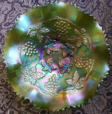 ANTIQUE Northwood Carnival Glass GREEN Grape and Cable Basketwave MARKED 8 3/4""