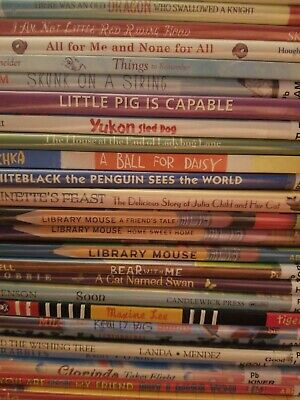 Childrens Storytime / Bedtime / Picture Books Lot of 10, Animals Themed, Random